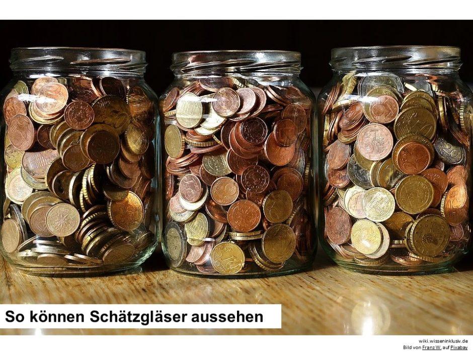 Geld drei Schätzgläser mit Euromünzen