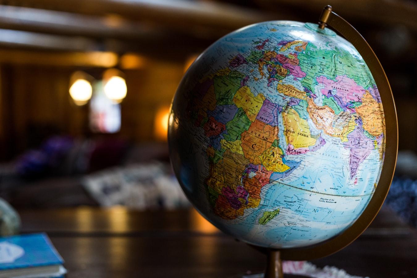 Globus basteln – einfach mit kostenlosen Vorlagen
